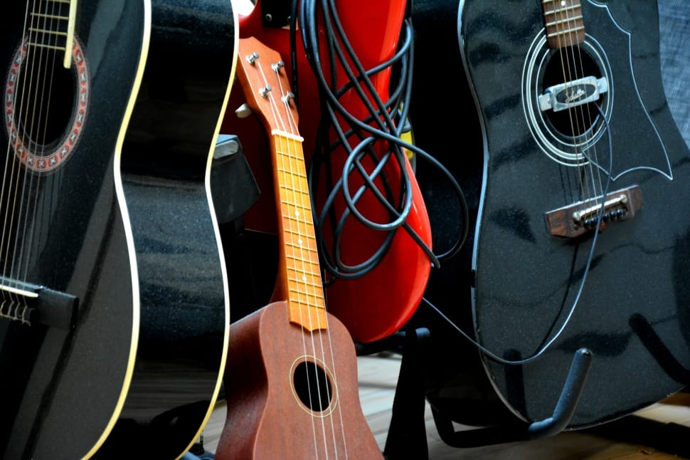 guitars-ukulelle-instruments-studio-wallpaper-preview